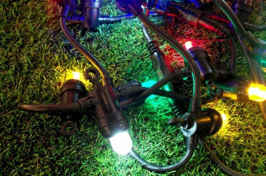 Luminaria lampadine led e14 nera 18 luci colori assortiti for Lampadine a led in offerta