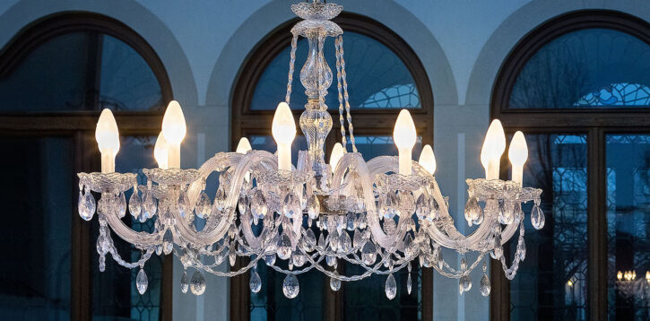 Il lampadario di Murano brilla anche in esterno