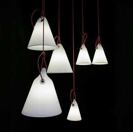 Trilly, il magico richiamo di una lampada per esterno.