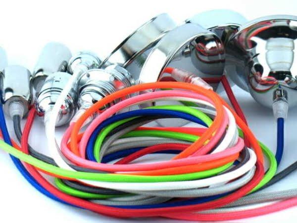 illuminazione semplice faidate Lampadina con cavo elettrico colorato 3 - Tuttoluce.com