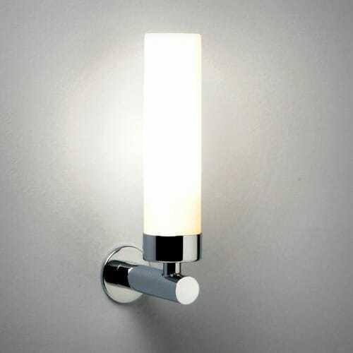 Lampada specchio bagno design moderno 16 for Lampada specchio bagno