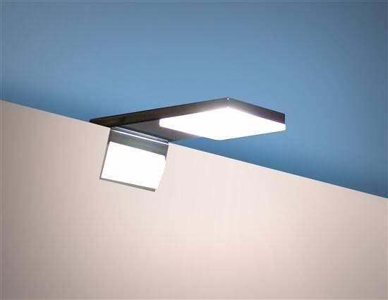 Lampada specchio bagno design moderno 2 - Lampade per il bagno allo specchio ...